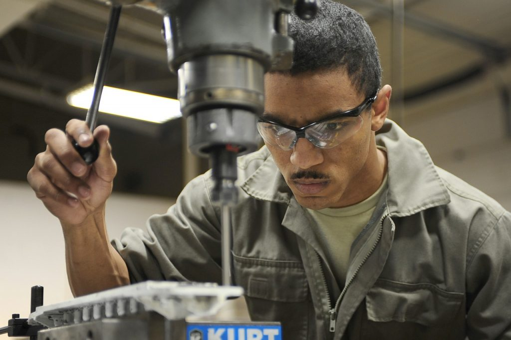 Manufacturing Apprenticeships to Benefit New Jersey graphic